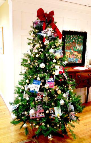 Aw christmas tree